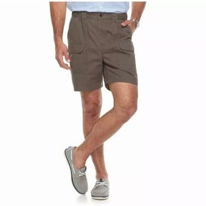 Dark khaki men's cargo shorts